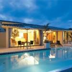 観光客増え高級リゾートホテルの進出が相次ぐ沖縄WBS